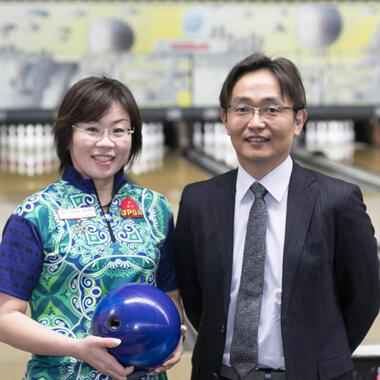鶴社長と取締役関根直子選手